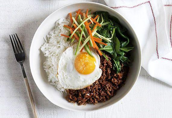 Korean bibimbap spicy beef mince rice bowl recipe - 9Kitchen