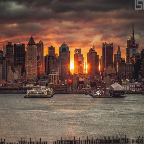 Midtown Manhattan by Paul Seibert Photography - New York City Feelings