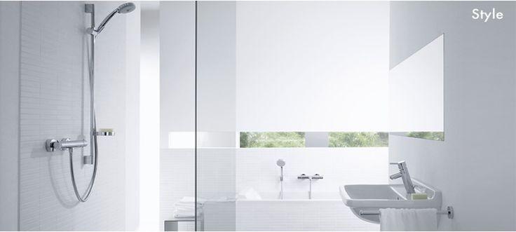 simple, minimalist bathroom. STYLE/Metris S blandare mm passar till ...