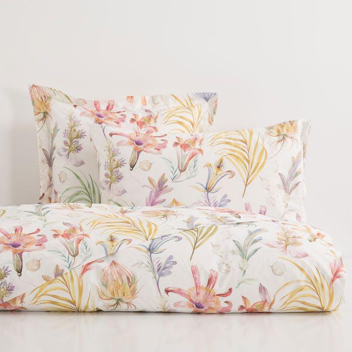 Botanical print bed linen zara home home and zara for Fundas nordicas zara 2017