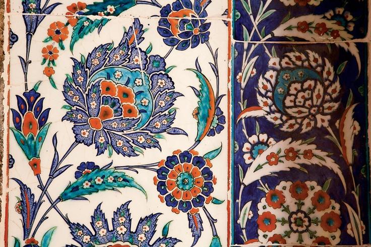 Kılıç Ali Pasha Mosque tile detail
