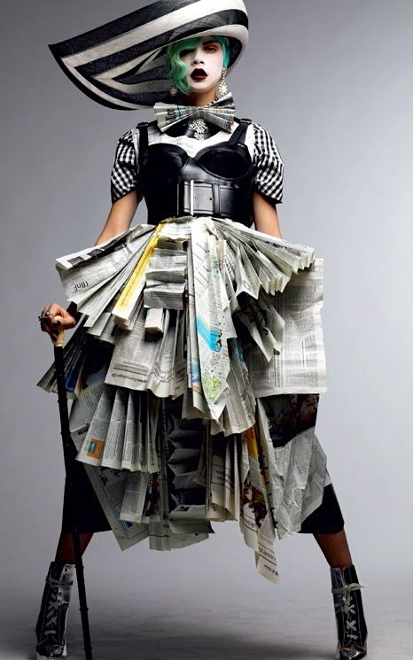 The Daily News Couture ;-]