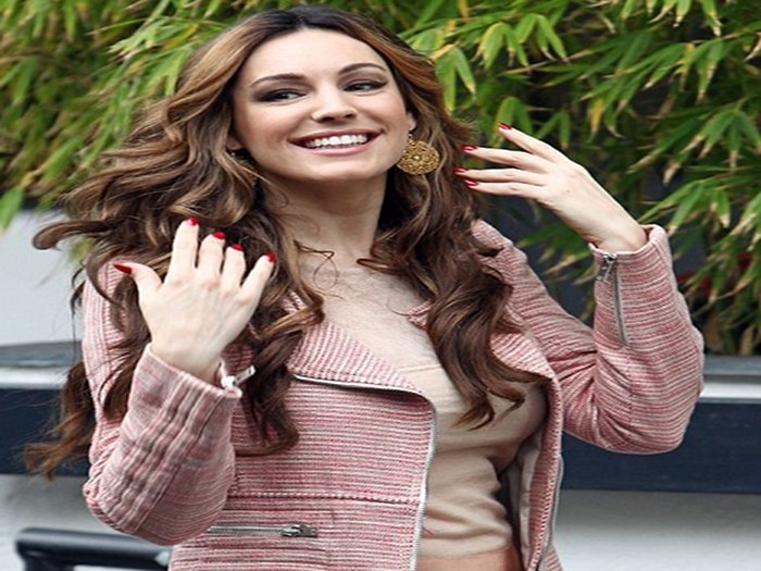 She has described the movie as outrageous and offensive. And giving fans a taste for what they could be in for when they see Keith Lemon: The Film, Kelly Brook has revealed that she watched the leaked sex tape featuring Tulisa Contostavlos 'several times' as research for the role.  ---  Read more @ http://www.tristrambros.com/1/post/2012/05/kelly-brook-was-inspired-by-tulisa-sex-tape.html#ixzz1uTEnBzmw