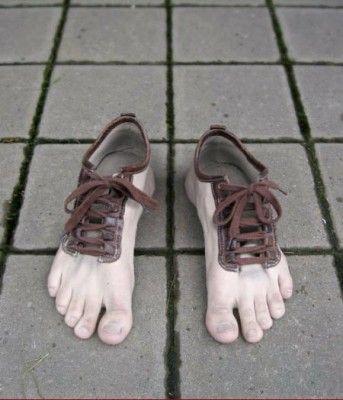"""Heute in der Bilderserie """"Ausgefallenes für jede Lebenslage"""": Außergewöhnliche Schuhe! Wie immer freue ich mich auf eure Kommentare."""