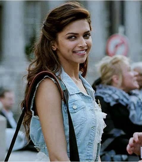 Deepika Padukone #smile