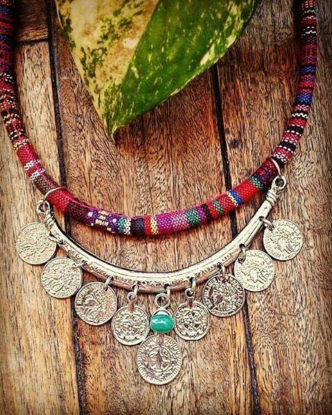 @Regrann from @punta.accesorios - Miren que divino el collar Indie Lo amamos…