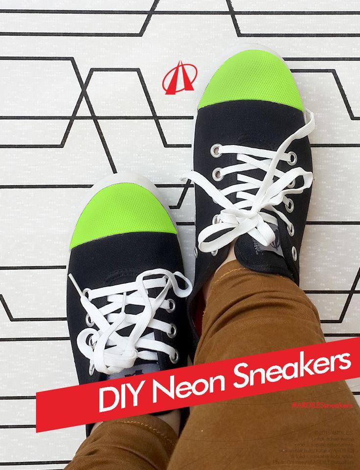Ardiles Sneakers Lovers, tren tahun ini nggak lepas dari warna neon yang catchy. Kayaknya wajib deh untuk cewek punya sneakers berwarna neon. Nggak perlu shopping untuk membeli cukup sneakers lama kita sulap menjadi neon sneakers. Tapi jangan lupa tengok koleksi sepatumu, kalau belum ada sneakers buruan beli sneakers untuk melengkapi fashionmu. Pilih saja sneakers Ardiles yang keren, trendy dan tahan lama. Kamu bisa belanja di www.ardilesmetro.com