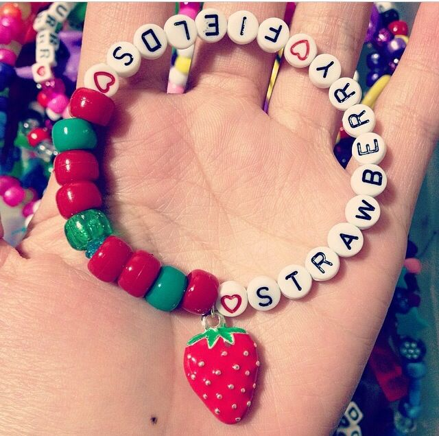 Strawberry fields forever ! Kandi single