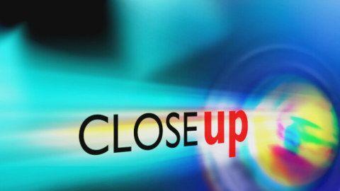 """3sat Close up – Das Filmmagazin. Einmal im Monat empfiehlt """"Close up"""" zwei Kinofilme. Außerdem stellen deutsche Filmemacher und Schauspieler ihre Lieblingsfilme vor."""