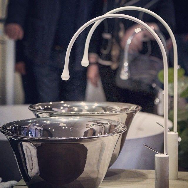 Goccia serisi  #plazayapi #banyo #seramik #tasarım #italyan #dekorasyon #içmimari #lavabo #batarya #armatür #bagno #bathroom #ceramiche #design #decoration #interior #washbasin #italian #gessi #goccia #showroom