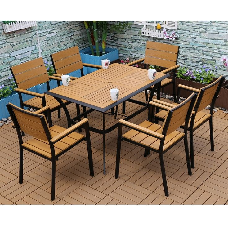 Plastic Garden Furniture Makes Sense For Your Outdoor Comfort Decorifusta In 2020 White Patio Furniture Best Outdoor Furniture Outdoor Tables And Chairs
