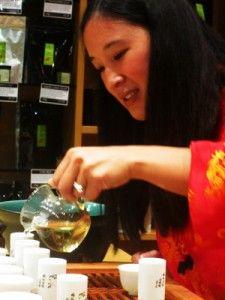 The Friday Tea Club – MayKingTea & Tlicious teach the finer points of tea via @Kelly Herbert