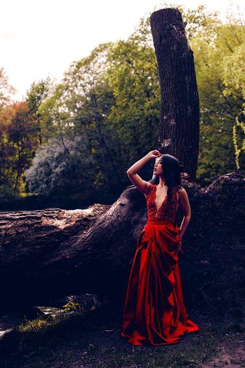 model : Michelle  mua & hair : Marta Chojecka  designer: Atelier de Kama Ostaszewska  photo: KEJRAA PHOTOGRAPHY // Karolina Koziczyńska  production: Elżbieta Kocięda