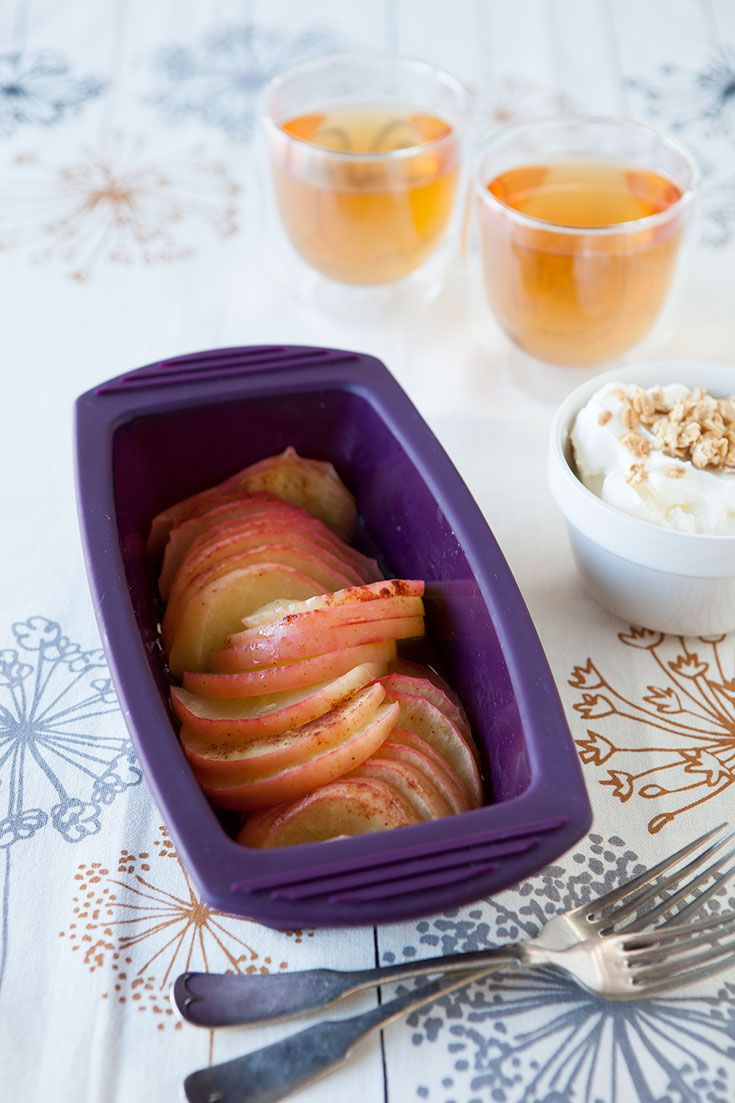5-Minute Crustless Apple Pie: A wholesome and tasty snack or breakfast. Serve with low-fat yogurt and crunchy granola.