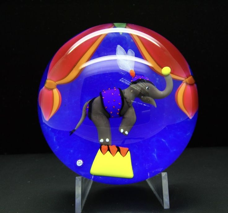 Authentic Unique Baccarat Circus Elephant Art Glass Paperweight