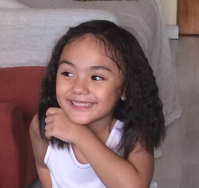 Después de unas #trenzas #braids #sweet #alessa #alessandra #laurine #kid #girl #philippines #asian #european #mixture #mestiza #smiling #always #loveher #presumida #happy #child #lady #little #princess #cute #guapa #pretty #toy #illmissyou #continuesmiling #igers #nofilter http://misstagram.com/ipost/1568354914811768868/?code=BXD6nxLF_Ak