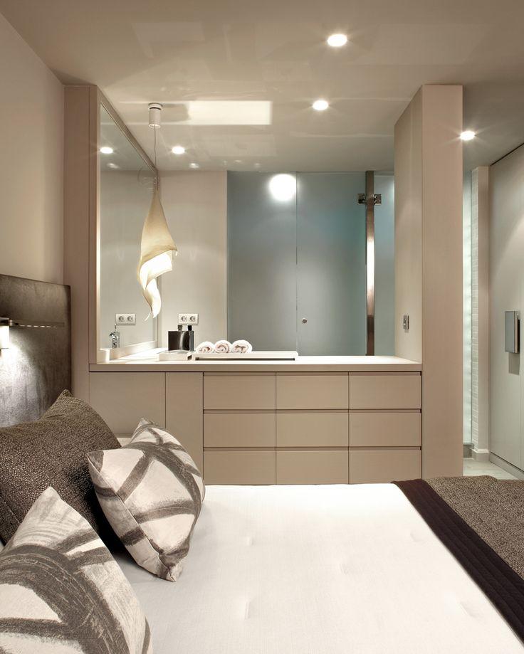 Molins Interiors // arquitectura interior - interiorismo - dormitorio - principal- suite - baño