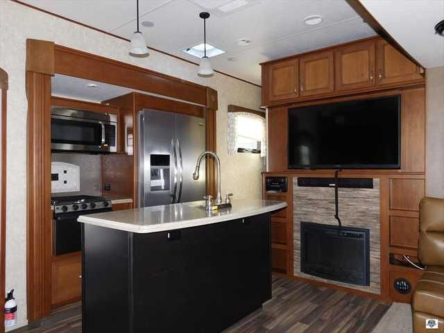 2016 New Open Range Roamer 376 FBH Fifth Wheel in Florida FL.Recreational Vehicle, rv, Come visit Palm RV at 16065 S. Tamiami Trail in Fort Myers Florida 33908, and our Towable Division at 15700 S. Tamiami Trail. Sales, Service & Consignments. We pride ourselves in maintaining a pristine fleet of affordable products. We are committed to serving you with the finest recreational vehicles, Motorhomes, Travel Trailers and Fifth Wheels on the market. We are a family owned and oriented RV…