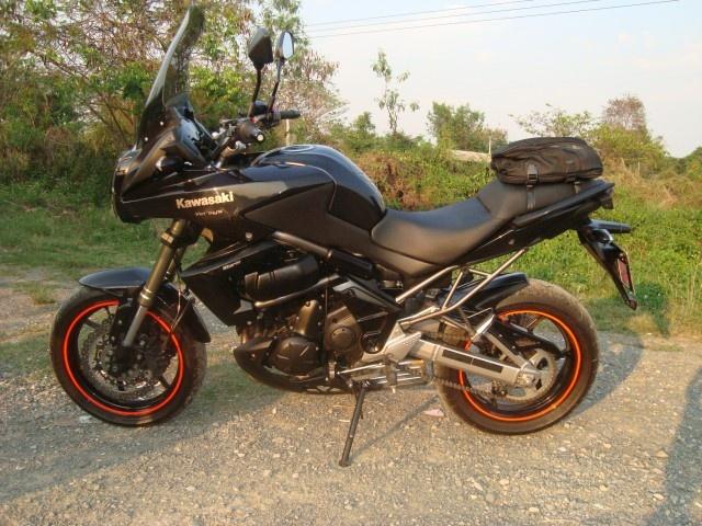 Kawasaki Versys 650 ปี 2011 สีดำ