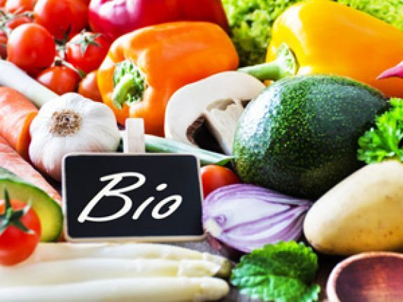 Der Bio-Boom hält ungebrochen an. Bioprodukte konnten auch im laufenden Jahre ihre Absatzzahlen weiter massiv steigern. Welche Vorteile haben Bioprodukte?