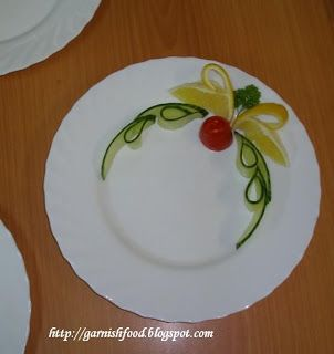 Fruit Carving Arrangements and Food Garnishes: cucumber, tomato, lemon garnish