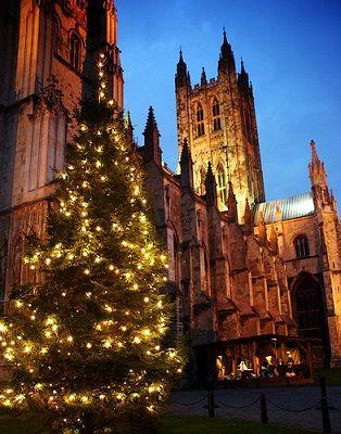 Met Kerst wordt Canterbury omgetoverd tot een magische stad.
