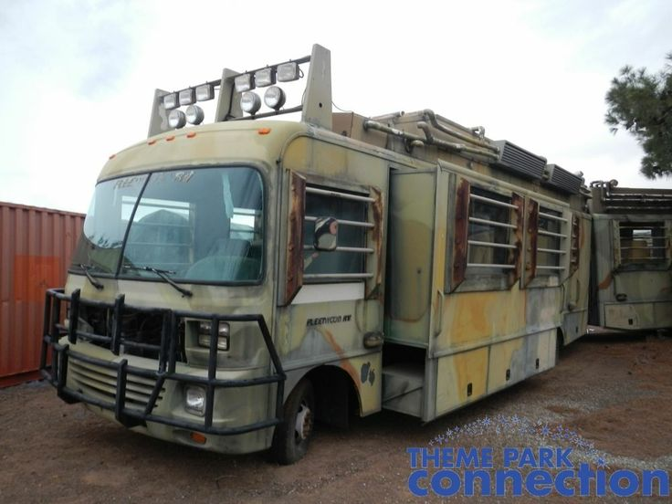 jurassic park the lost world mobile lab rv 1997 original screen used movie prop craigslist. Black Bedroom Furniture Sets. Home Design Ideas