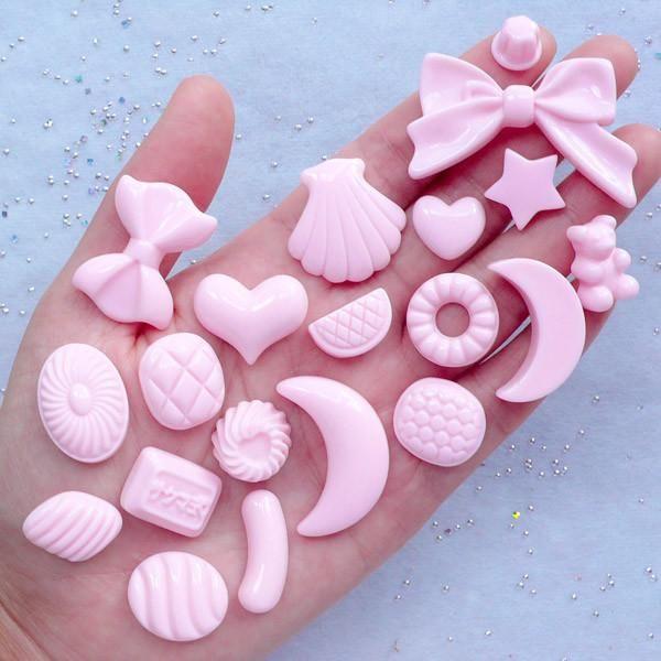 20PCS MIX HEART CABOCHONS Resin Flat Back Embellishments for Decoden Craft