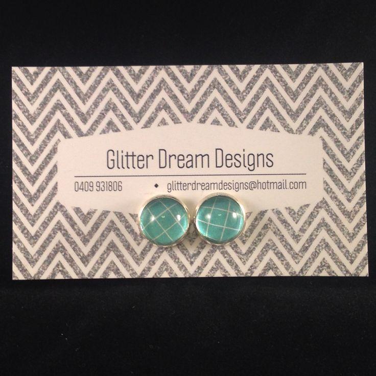 Order Code D17 Green Cabochon Earrings