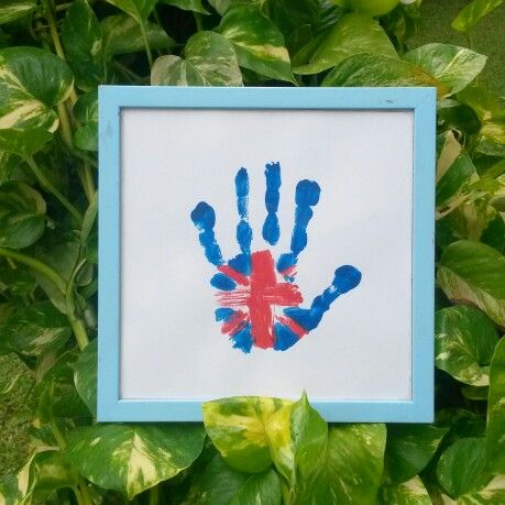 #OmemoriA union jack handprint art