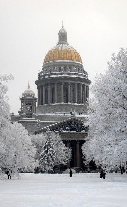 St. Isaac's Cathedral in winter. Saint Petersburg, #Russia.