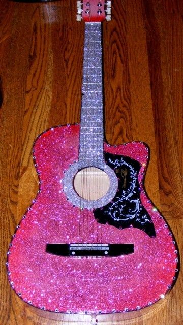 sparkles! I don't play the quittar but omg