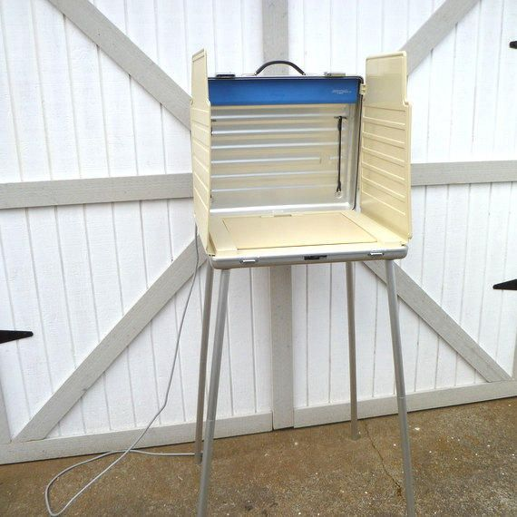 Vintage voting booth by ces votomatic bureauoftrade for Trade show poll booth