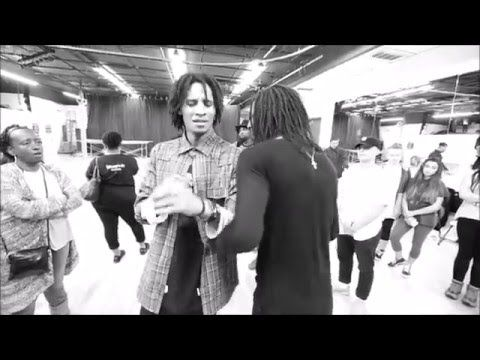 Les Twins Bromance/LA workshop A.K.A Perfection. Thanks +LT Crush and +C I T Y D A N C E L I V E for the footage. AMAZING! Please, go check the whole videos on their channels : https://www...