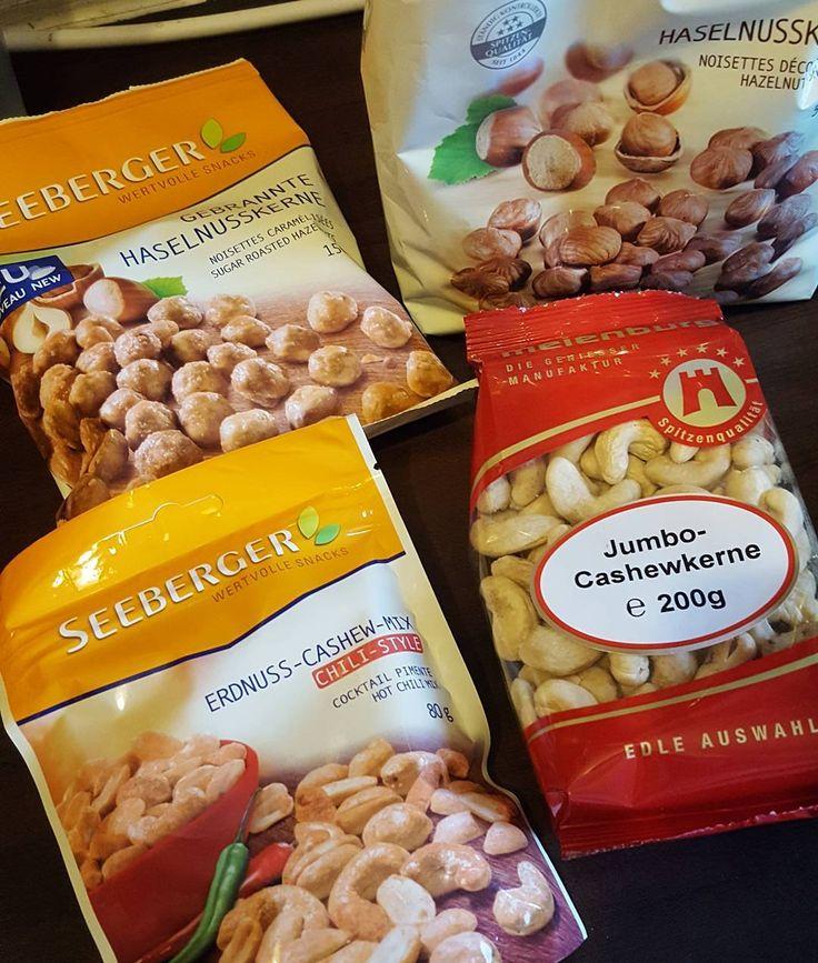 Feeding my inner squirrel  #nuts #healthy #food #snack #vegan #almonds #instafood #protein #eatclean #healthyfood #health #cashew #paleo #cleaneating #organic #walnuts #peanuts #nut #peanut #pistachio #hazelnut #caramel #fitness #nutrition #wellness #lifestyle #diet #healthyliving #healthylifestyle #healthyeating