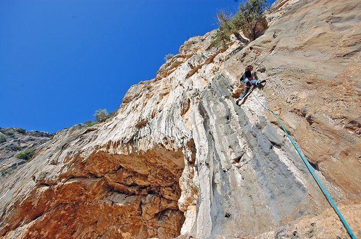 Sardinia Free Climbing: Camping & Bungalows PortoSosàlinos