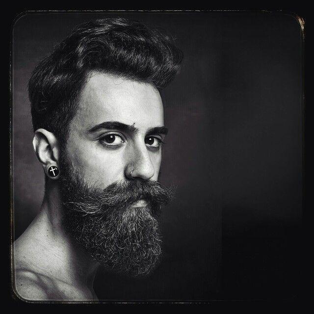 #studiofotograficostudio154 #barba #barbe #ritrattofotografico #ritrattifotografici #ritratto #ritratti #fotografie http://studio154.it