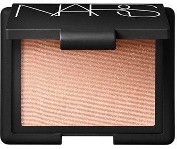 highlighting blush powder
