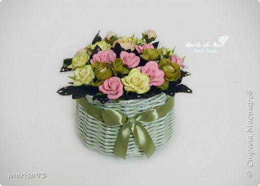 Подарочный букет в плетеной кашпо