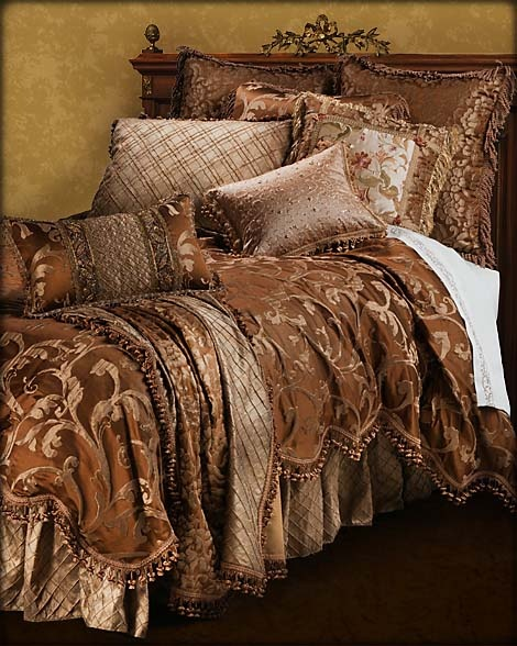 Sweet Dreams Gold Leaf Bedroom Collection