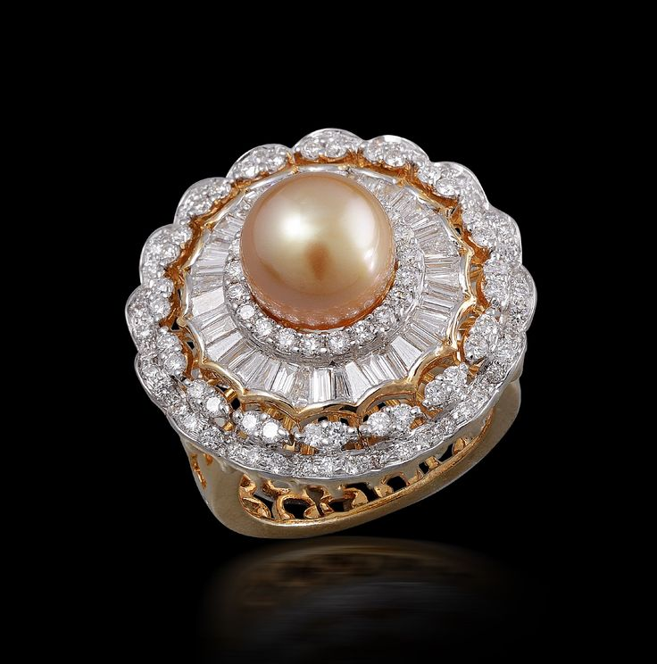 A marvelous piece of #jewelry by #maheshnotandass #ring #diamond #finejewelry #beautiful #bridal #designer #exquisite #women