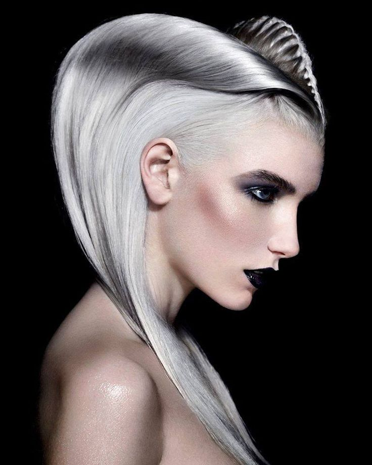 Most intriguing hairstyle of the British Hairdressing Awards 2014. Hair by Angelo Vallillo; Photog: Richard Miles. #silverplatinumhair #fantasyhair #hotonbeauty fb.com/hotbeautymagazine