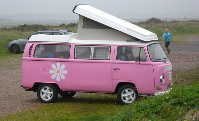 My parents had a VW camper that we all piled into in the 60's, love the memories.  This is so cute.
