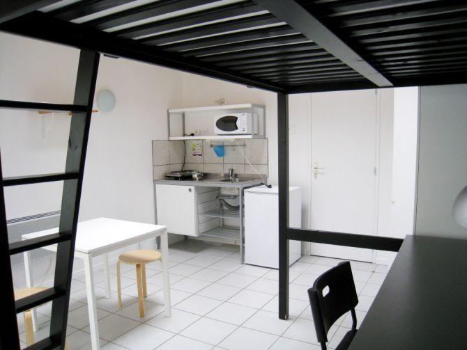 T1 mezzanine meubl 23m location appartement meubl angers pinterest studio studio - Location studio meuble angers ...