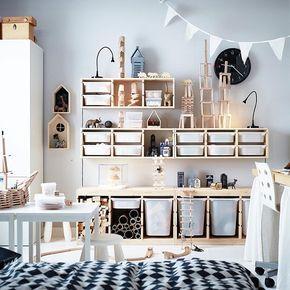 God design er mer enn det du ser. TROFAST er ikke bare en smart og morsom oppbevaringsløsning, den har også fleksible nok løsninger til å passe inn på alle (barne)rom – og du, den solide konstruksjonen tåler både leking og sitting. #TROFAST #hylle #oppbevaring #IKEA #IKEAinspirasjon #interiør #organiser #barnerom #interiørdesign #interiørinspirasjon #GodDesignErMerEnnDetDuSer