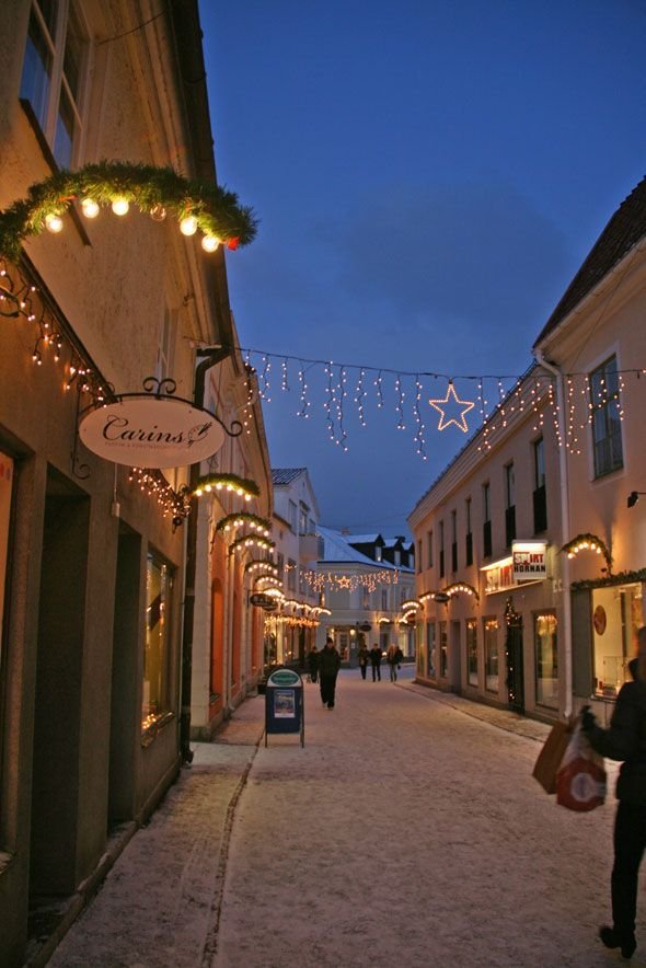 Vadstena during Christmas time http://www.skimbacolifestyle.com/2012/12/christmas-village-vadstena-sweden.html