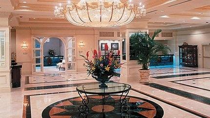 Horseshoe Tunica Lobby - Beautiful!