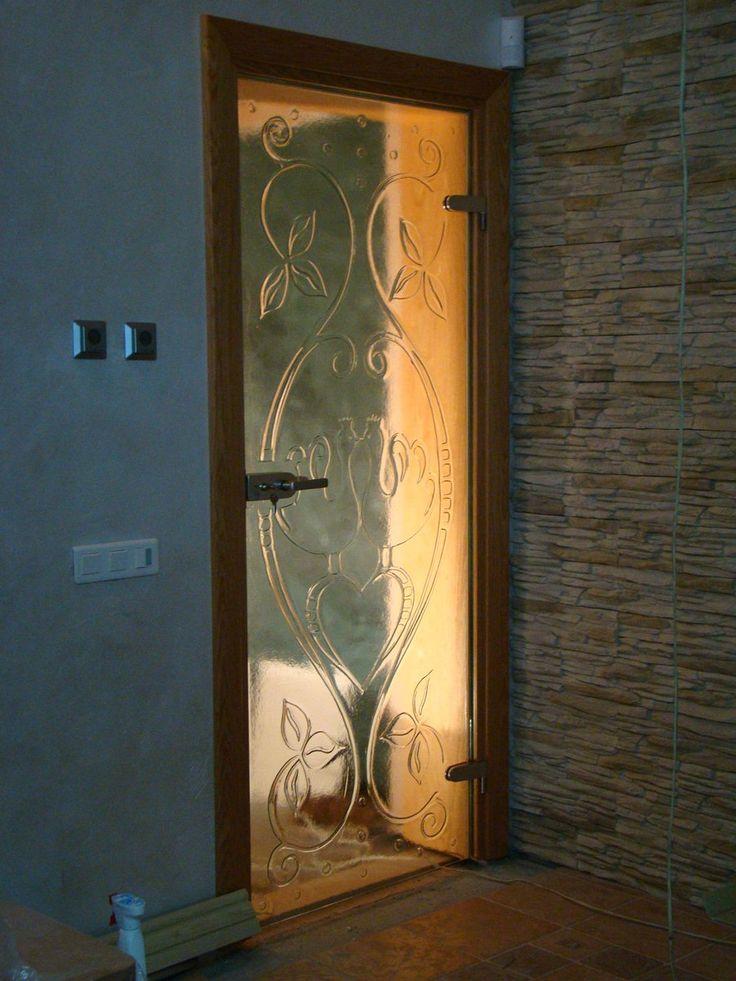 Drzwi fusingowe z ościeżnicą drewnianą z manufaktury Riwal. Fusing. Fused glass.