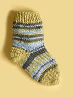 (3,75mm) (32-36-40m) ENFANTS 2-3-4-5 Free Knitting Pattern: Knit Child's Striped Socks