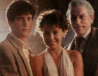 Amanda Bearse with her FRIGHT NIGHT co-stars William Ragsdale and Roddy McDowell